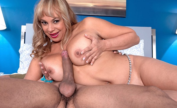 marcella-guerra-getting-tit-fucked