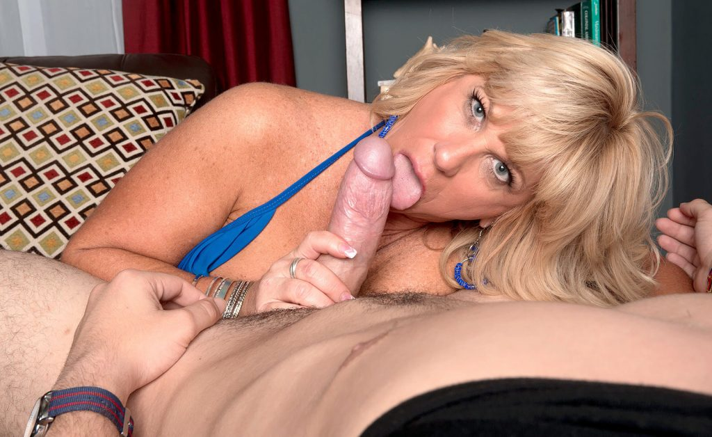 50plus-milf-blowjob